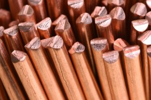 METALS-Copper is rising, but commercial tensions remain fragile.